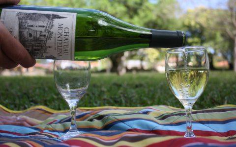 Chardonnay pour