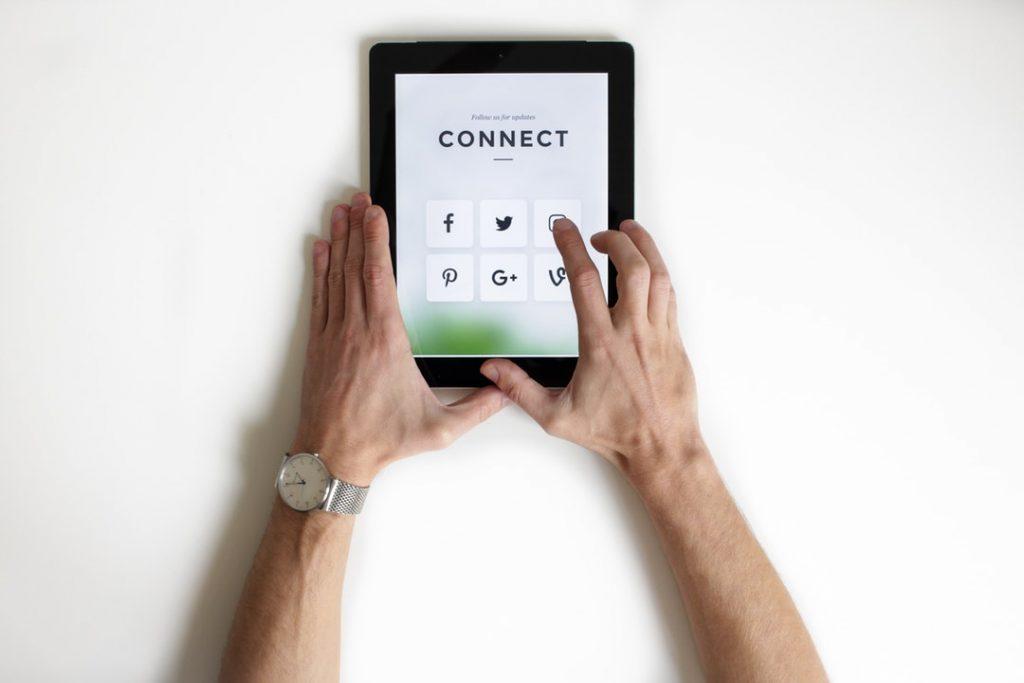 Socially Intuit social media lead generation